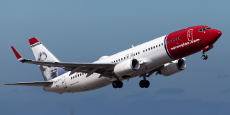 Cheap flights - Norwegian airplane